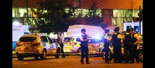 Londra: attacco a fedeli fuori dalla moschea di Finsbury Park