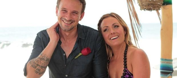 Bachelor in Paradise: Nick Viall Might Officiate Carly and Evan's ... - people.com
