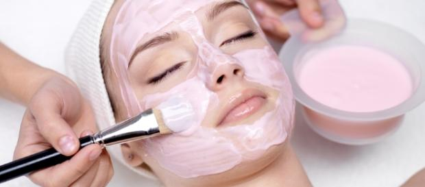 Facials - LaDiDaSugaringWithKelly Image source Youtube