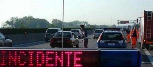 Morto diciottenne sulla Salerno-Napoli.