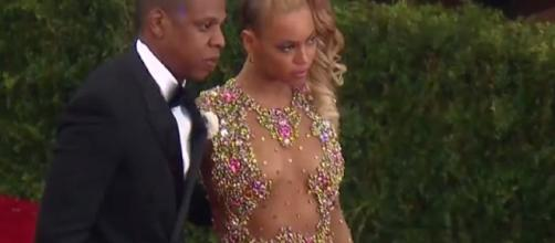 Beyoncé and husband Jay Z proudly shared the sexes of their twins to the media. Photo via YouTube/Entertainment Tonight