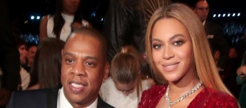 Beyonce and Jay Z welcome twins. / from 'The Boombox' - theboombox.com