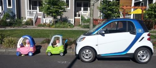 car2go & cute kids | carsharing | Pinterest | Cute kids and Kid - (Youtube screen grab)