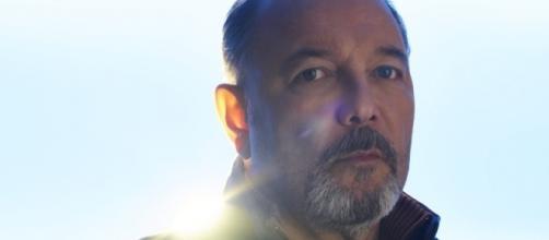 Fear the Walking Dead: Daniel says so much with so little - YouTube/UndeadWalking