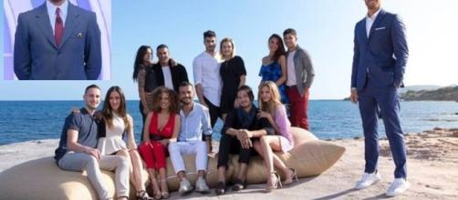 Il cast di Temptation Island, nel riquadro Gianfranco Apicerni