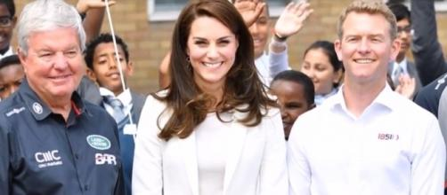 Kate Middleton joins sailing roadshow on her cool and elegant outfit. Photo via YouTube/News 247