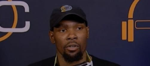 Kevin Durant plans to opt-out but will re-sign a new deal with Warriors -- Sports Warehouse/YouTube