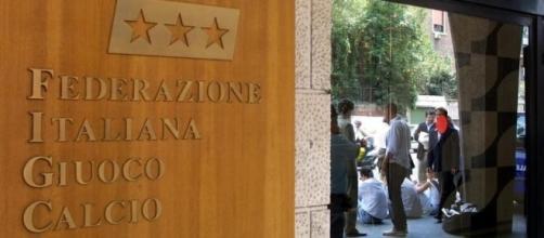 Serie B, ipotesi penalizzazione per un club