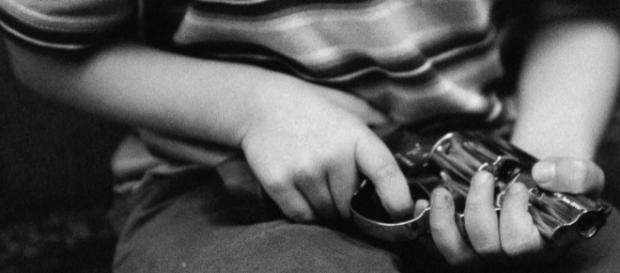 A recent study shows that nearly 5,790 children survive gunshot wounds, while 1,300 die in shooting. [Image via ABC News/go.com]