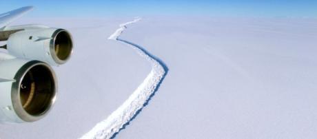 Iceberg the Size of Delaware on Verge of Split From Antarctic ... - usnews.com
