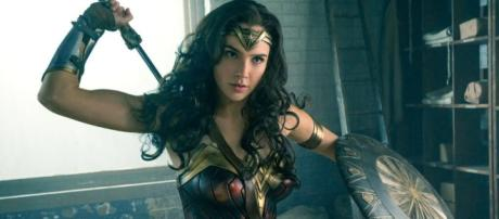 Wonder Woman's lack of armpit hair sparks feminist debate – Women ... - nytimes.com