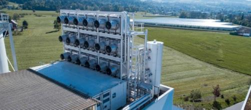 World's First Commercial CO2 Capture Plant Goes Live | Climate Central - climatecentral.org