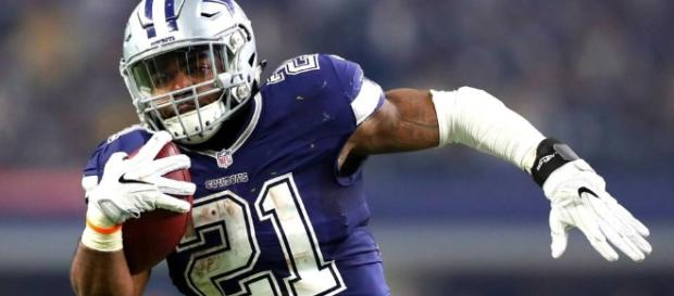 Ezekiel Elliott was passenger in car that was hit, sits out OTA ... - joy105.com