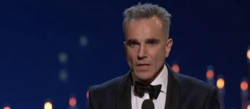 "Daniel Day-Lewis winning Best Actor for ""Lincoln"" - Oscars via YouTube (https://www.youtube.com/watch?v=yKh_XFJ9TWc)"