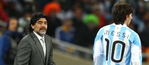 Diego Armando Maradona attacca Dani Alves e le scelte tecniche di Veròn e Sampaoli.