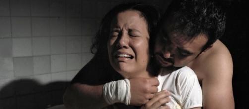 Fotógrafa equatoriana denuncia em fotos a crueldade que acontece em clínicas de 'cura' gay (Foto: Reprodução)