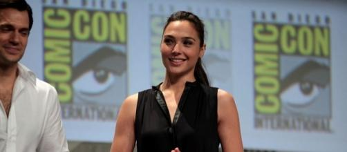 Henry Cavill and Gal Gadot (Gage Skidmore wikimedia commons)