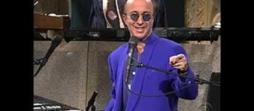 Paul Shaffer received raves as he returned to the Ed Sullivan Theater to join Stephen Cplbert--screencap Andrew Lynch/YouTube