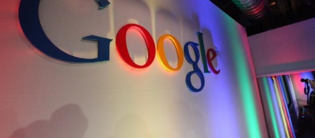 Google Logo in Building43/ photo by Robert Scoble via Flickr