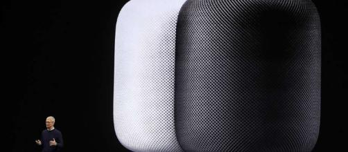Apple's HomePod battles Google, Amazon for voice in living room ... - sfchronicle.com