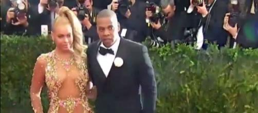 Jay Z was brought in tears after holding his babies for the first time. Image via YouTube/ET