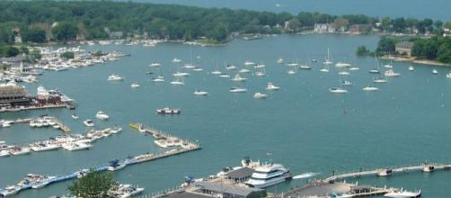 Put-In-Bay, Ohio - By Kevin Payravi [CC BY-SA 3.0 (http://creativecommons.org/licenses/by-sa/3.0) or GFDL (http://www.gnu.org/copyleft/fdl.html)]