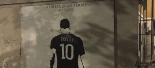 Roma, murales Totti imbrattato con spray