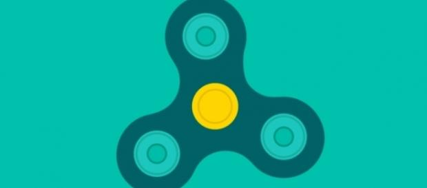 Even Google has jumped on the fidget spinner bandwagon by creating a virtual fidget spinner simulation. Image: Screencap via Google