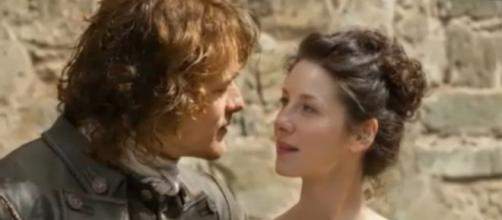 "Catriona Balfe was accidentally hurt by Sam Heughan while filming ""Outlander"" Season 3. Photo by Fanatical Tuber/YouTube Screenshots"