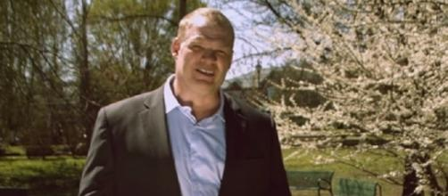 WWE superstar Kane, whose real name is Glenn Jacobs, addresses voters of Knox County – Jacobs for Mayor via YouTube