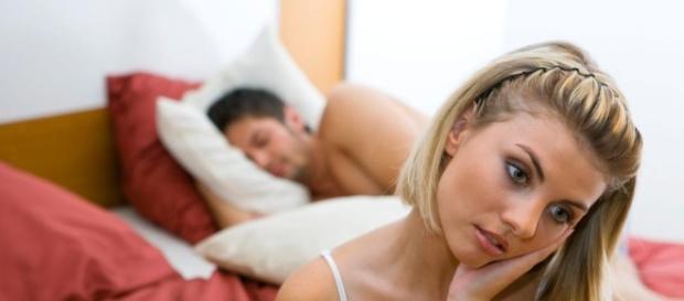 7 coisas que as mulheres odeiam que os homens façam na cama ... - com.br