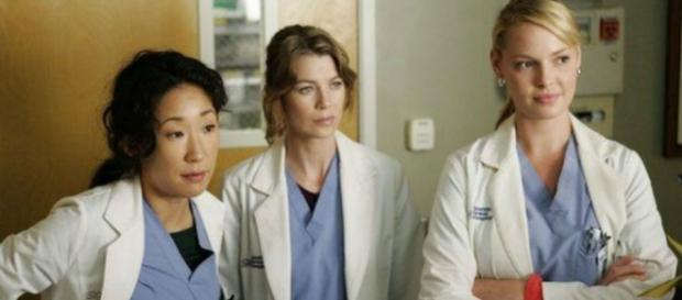 Greys Anatomy Season 14 Takes Back Kim Raver For An Unspecified