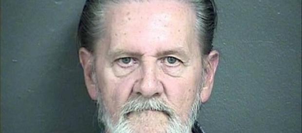 Homem roubou um banco porque não aguentava mais viver com a própria mulher