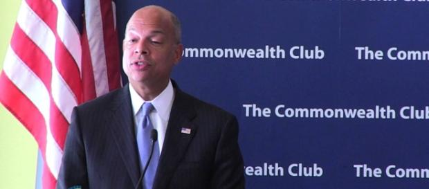 Jeh Johnson wanted the DHS to appear non-partisan when news of Russian hacking erupted. Photo via Commonwealth Club, YouTube.