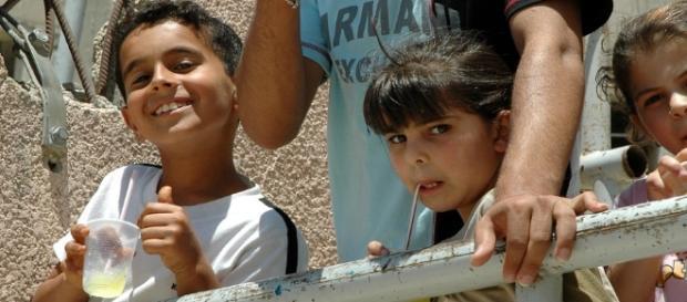 Niños palestinos rufugiados en Europa