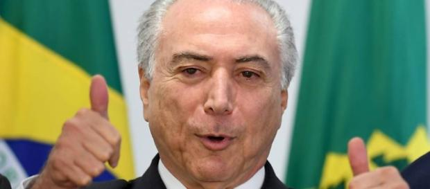 Temer mantém confiança no plenário do Senado