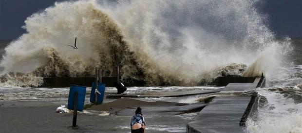 Tropical Storm Cindy takes aim at coastal countries in the Gulf of Mexico