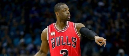 Dwyane Wade, Chicago Bulls - youtube screen capture / The Fumble