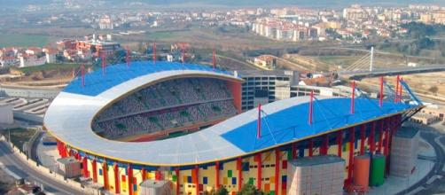 Estádio de Leiria irá albergar o serviço de Finanças.