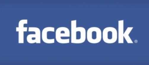 Facebook logo - (Public domain)