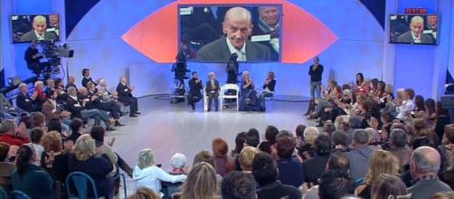 Uomini e Donne: omaggio a Giuseppe Grieco (morto a 90 anni ... - blogosfere.it
