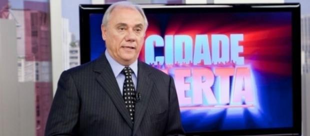 Marcelo Rezende faz vídeo para explicar o sumiço (Foto: Reprodução)