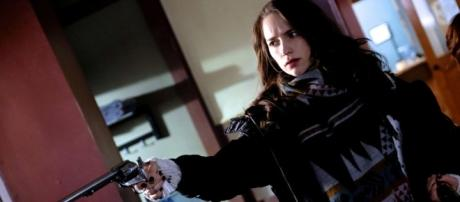 Wynonna Earp: Season 2 Photo Gallery - Youtube screengrab