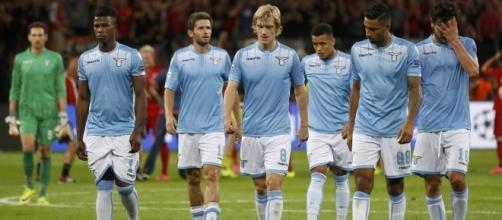 I calciatori della squadra biancoceleste della Lazio.