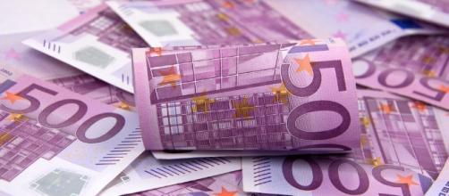L'Anief fa il punto sugli stipendi della scuola in Italia: sono troppo bassi