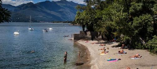San Maurizio d'Opaglio: affogati due bambini di 12 e 10 anni nel tentativo di recuperare pallone finito in acqua