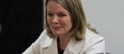 A senadora Gleisi Hoffmann estaria arrependida de substituir Rui Falcão na presidência do PT (Foto: Reprodução)