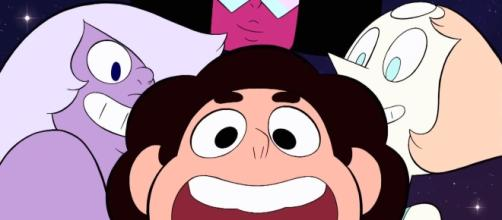 Will Steven and the Gems finally defeat the Diamonds? [Image via The Roundtable/Youtube screencap]
