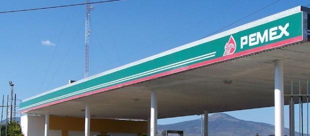 La empresa Pemex de México y la venta de combustible