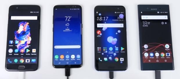 OnePlus 5 vs Galaxy S8 vs HTC U11 vs Xperia XZ Premium - Battery Charging SPEED Test|| SupersafTV \Youtube